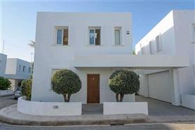 Image No.2-Villa / Détaché de 3 chambres à vendre à Famagusta