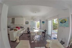 Image No.6-Villa / Détaché de 3 chambres à vendre à Famagusta