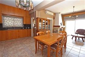 Image No.5-Villa / Détaché de 6 chambres à vendre à Ayia Napa