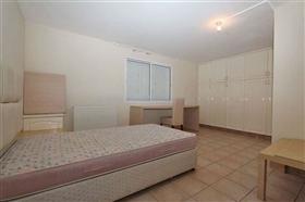 Image No.29-Villa / Détaché de 5 chambres à vendre à Deryneia