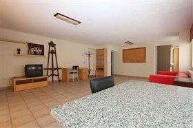 Image No.33-Villa / Détaché de 5 chambres à vendre à Deryneia