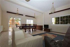 Image No.3-Villa / Détaché de 5 chambres à vendre à Deryneia