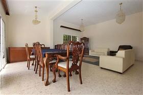 Image No.8-Villa / Détaché de 5 chambres à vendre à Deryneia