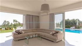 Image No.1-Villa / Détaché de 4 chambres à vendre à Famagusta