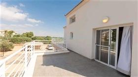 Image No.22-Villa / Détaché de 4 chambres à vendre à Famagusta