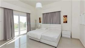 Image No.25-Villa / Détaché de 4 chambres à vendre à Famagusta