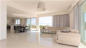 Image No.4-Villa / Détaché de 4 chambres à vendre à Famagusta