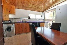 Image No.6-Villa / Détaché de 5 chambres à vendre à Paralimni