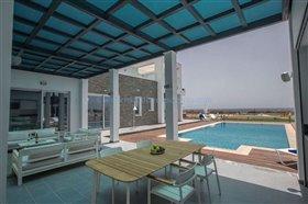 Image No.1-Villa / Détaché de 6 chambres à vendre à Ayia Napa