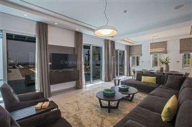 Image No.3-Villa / Détaché de 6 chambres à vendre à Ayia Napa