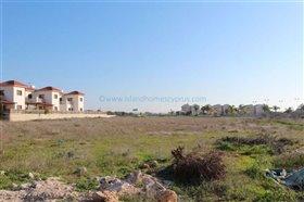 Image No.0-Terre à vendre à Ayia Thekla