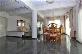 Image No.10-Villa / Détaché de 5 chambres à vendre à Kokkines