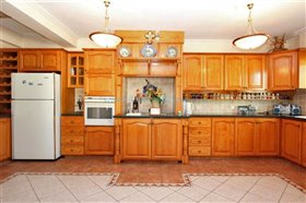 Image No.13-Villa / Détaché de 5 chambres à vendre à Kokkines