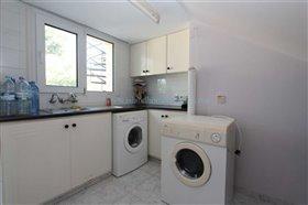 Image No.16-Villa / Détaché de 5 chambres à vendre à Kokkines