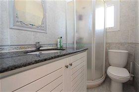 Image No.34-Villa / Détaché de 5 chambres à vendre à Kokkines