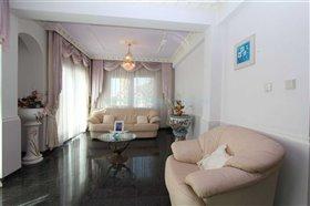 Image No.6-Villa / Détaché de 5 chambres à vendre à Kokkines