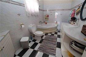 Image No.16-Villa / Détaché de 7 chambres à vendre à Protaras