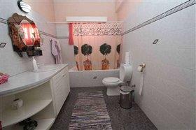 Image No.19-Villa / Détaché de 7 chambres à vendre à Protaras
