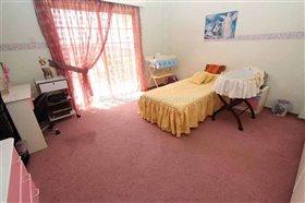 Image No.20-Villa / Détaché de 7 chambres à vendre à Protaras