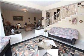 Image No.2-Villa / Détaché de 7 chambres à vendre à Protaras