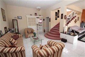Image No.5-Villa / Détaché de 7 chambres à vendre à Protaras