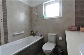 Image No.21-Villa / Détaché de 5 chambres à vendre à Famagusta