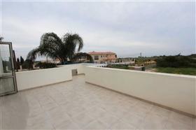 Image No.26-Villa / Détaché de 5 chambres à vendre à Famagusta