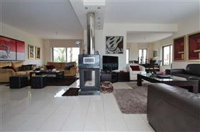 Image No.7-Villa / Détaché de 5 chambres à vendre à Famagusta