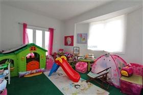 Image No.22-3 Bed Villa / Detached for sale