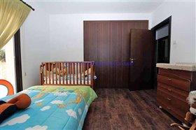 Image No.10-Villa / Détaché de 4 chambres à vendre à Xylofagou