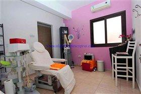 Image No.23-Villa / Détaché de 4 chambres à vendre à Xylofagou