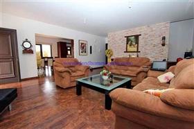 Image No.2-Villa / Détaché de 4 chambres à vendre à Xylofagou