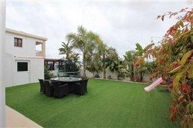 Image No.0-Villa / Détaché de 3 chambres à vendre à Kokkines