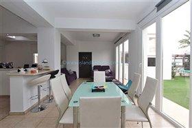 Image No.2-Villa / Détaché de 3 chambres à vendre à Kokkines