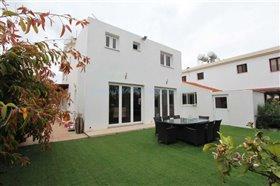 Image No.5-Villa / Détaché de 3 chambres à vendre à Kokkines