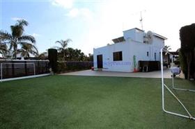 Image No.3-2 Bed Villa / Detached for sale