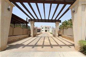 Image No.3-Villa / Détaché de 4 chambres à vendre à Xylofagou