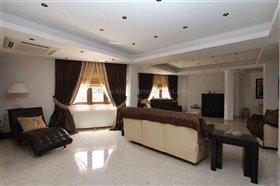 Image No.8-Villa / Détaché de 4 chambres à vendre à Xylofagou