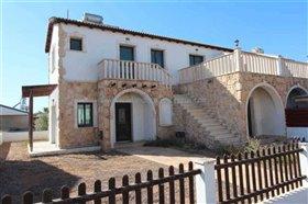 Image No.1-Maison de 3 chambres à vendre à Vrysoules