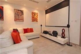 Image No.8-Villa / Détaché de 6 chambres à vendre à Protaras