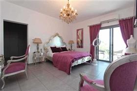 Image No.24-Villa / Détaché de 4 chambres à vendre à Kokkines