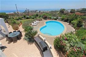 Image No.4-Villa / Détaché de 4 chambres à vendre à Kokkines