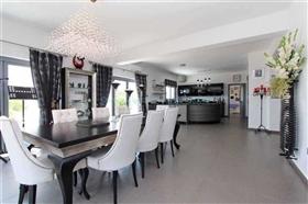 Image No.5-Villa / Détaché de 4 chambres à vendre à Kokkines