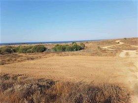 Image No.1-Terre à vendre à Deryneia