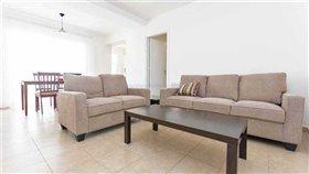 Image No.2-Appartement de 2 chambres à vendre à Paralimni