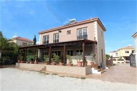 Image No.1-Villa / Détaché de 4 chambres à vendre à Ayia Thekla