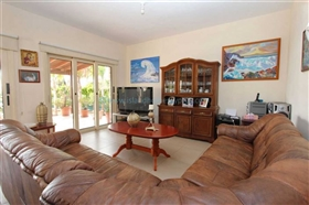 Image No.2-Villa / Détaché de 4 chambres à vendre à Ayia Thekla