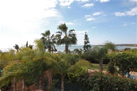Image No.5-Villa / Détaché de 4 chambres à vendre à Ayia Thekla