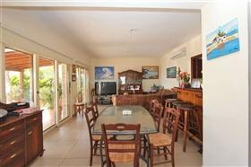 Image No.6-Villa / Détaché de 4 chambres à vendre à Ayia Thekla