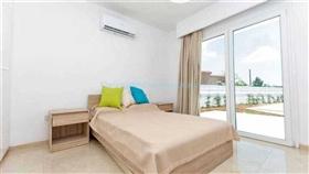 Image No.11-Villa / Détaché de 4 chambres à vendre à Kokkines